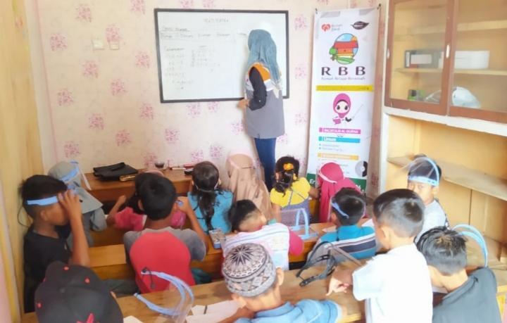 Anak-anak Pagaralam Senang belajar di Rumah Belajar Besemah Binaan Rumah Zakat