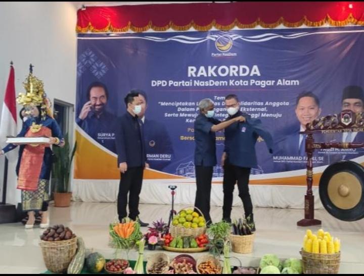 Keluar dari PKB, Wali Kota Pagaralam Alpian Maskoni Gabung ke Partai NasDem
